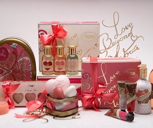 body care, sabon, and heart image