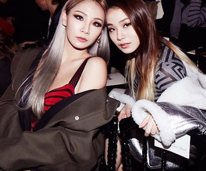 CL, 2ne1, and sisters image