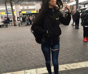 brunette and outfit image