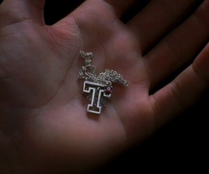 T and necklace image