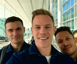 adriano, vermaelen, and fcb image
