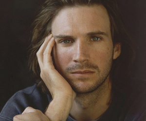 ralph fiennes, actor, and handsome image