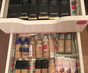 beauty, chanel, and cosmetic image