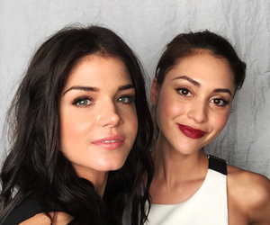 marie avgeropoulos, the 100, and lindsey morgan image