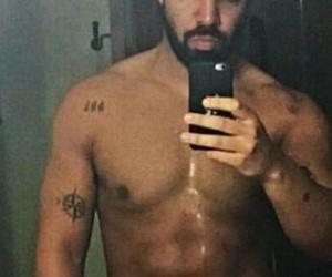 Drake, 😣, and ❤ image