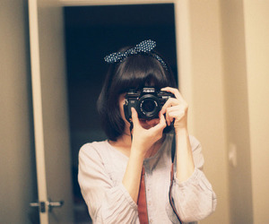 girl, camera, and fashion image