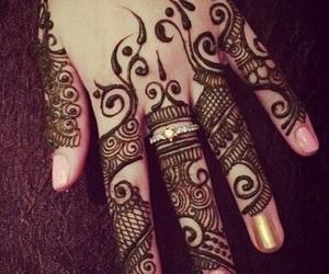 mehndi, tattoo, and heena image