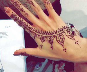 henna and design image
