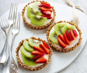 food, kiwi, and strawberry image