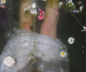 drown, flower, and virgin image