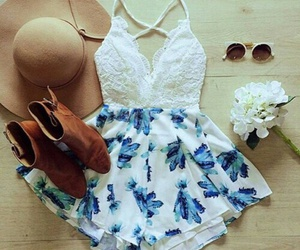 beach day, sunglasses, and cute outfits image