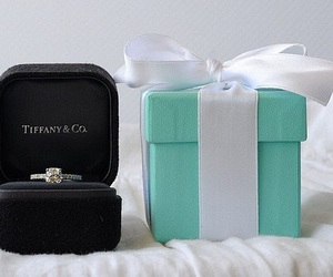 ring, tiffany, and diamond image