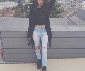 outfit and dytto image
