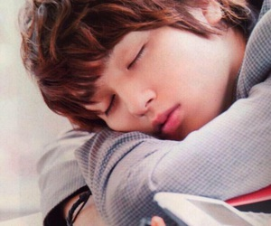 hey say jump and 伊野尾慧 image