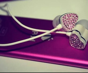 pink, ipod, and music image