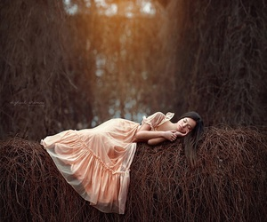 girl and Dream image