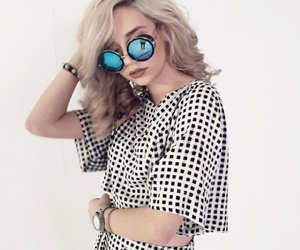 style, amanda steele, and sunglasses image