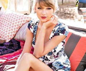 Taylor Swift, girl, and smile image
