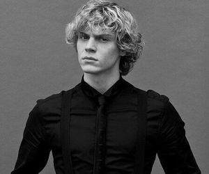 evan peters, Hot, and ahs image