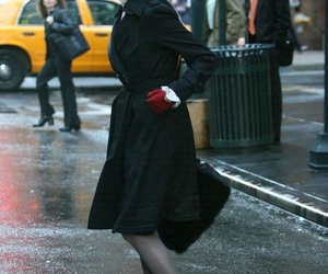 Anne Hathaway, fashion, and style image