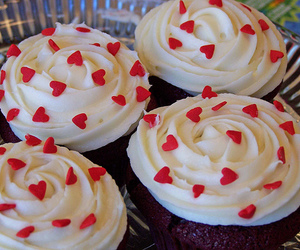 cupcake, heart, and red image