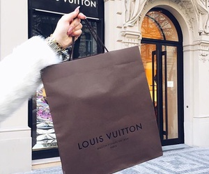 Louis Vuitton, shopping, and girl image