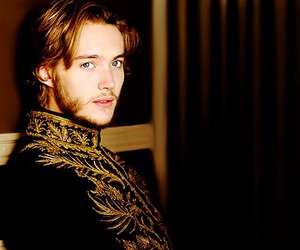 reign and toby regbo image