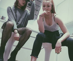 maisie williams, sophie turner, and game of thrones image