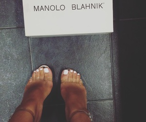 fashion, manolo blahnik, and heels image