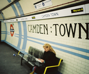Amy Winehouse, camden town, and underground image