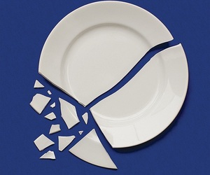 blue, broken, and plate image