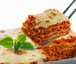 pasta, ragu sauce, and cheese image