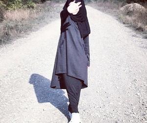 hijab, musulmanka, and muslima image