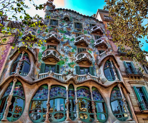 architecture, incredible, and Barcelona image