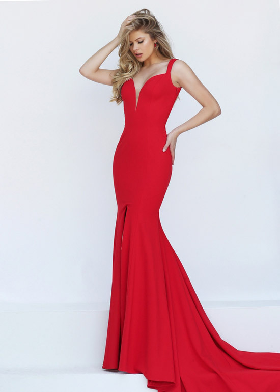 Beautiful Fitted Plunging Neck Open Back Red Side Slit Prom