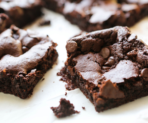 food, chocolate, and brownie image