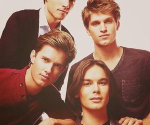 boys, pretty little liars, and ezra fitz image