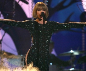 grammy, grammys, and Taylor Swift image