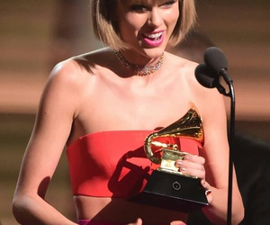 Taylor Swift, 1989, and grammy image