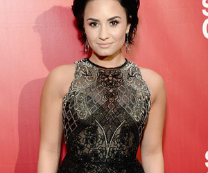 demi lovato and 2016 musicares image