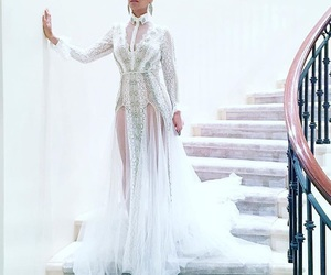 Queen, all white, and beyoncé image