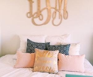 bedroom, decor, and dorm image