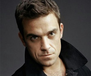 man, cantante, and Robbie Williams image