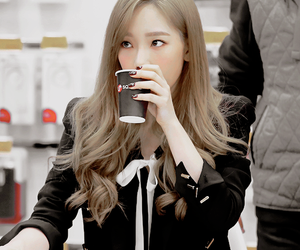 k-pop, tts, and kim taeyeon image