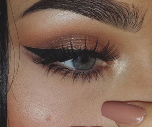 beauty and eyebrows image