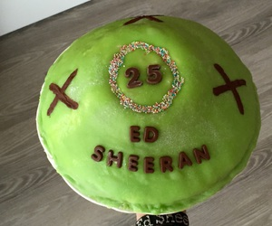 ed sheeran, happybirthdayed, and edsheerancake image