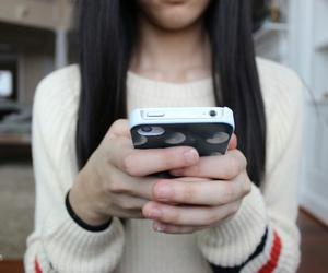 iphone and tumblr girl image