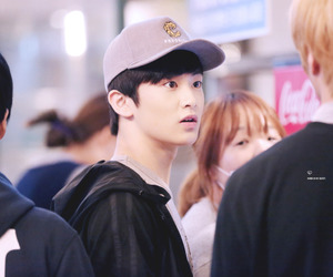 airport, kpop, and mark image