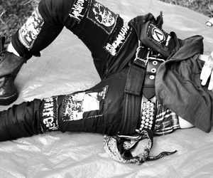 punk, black and white, and rock image