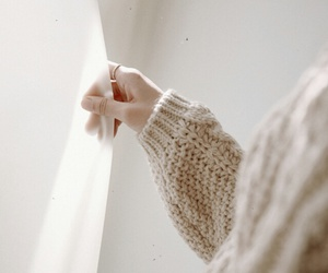 girl, hand, and pretty image